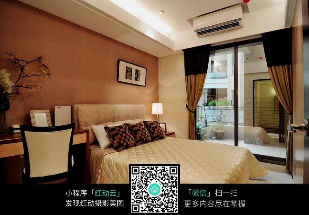 欧式经典卧室装饰图片