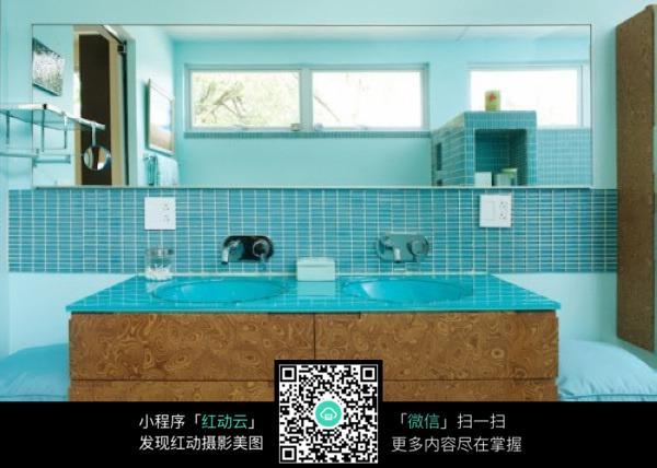 欧式 天蓝色大理石洗手台 镜子 浴室 精美模型 3d模型 室内设计 3d