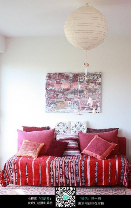 圆形吊灯客厅_室内设计图片