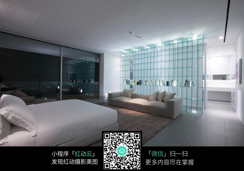 室内装修  隔断设计  玻璃方格装饰效果  客厅装潢设计  室内环境设计