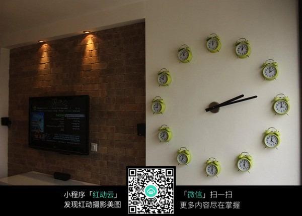 创意钟表墙面装修效果图片