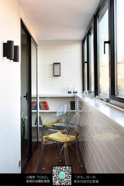 封闭式阳台桌椅摆设素材图片免费下载 红动网