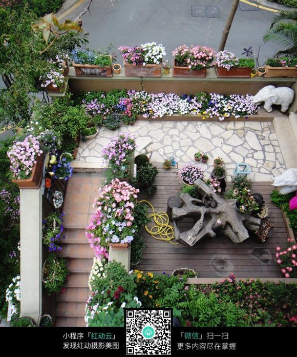种满花草的阳台素材_室内设计图片