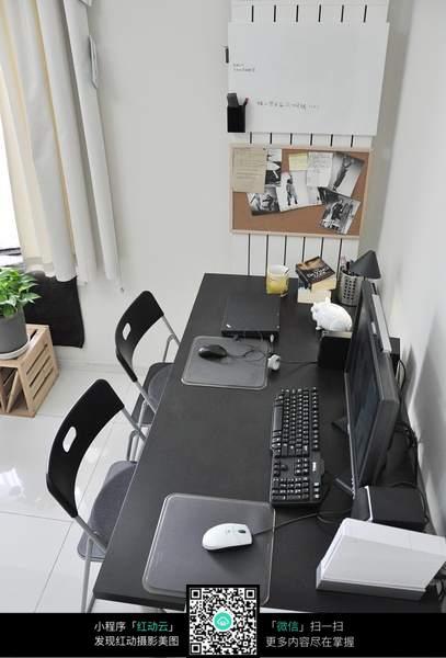 电脑工作台摆设素材图片  高清 美图 图片 艺术感 室内装潢 室内设计