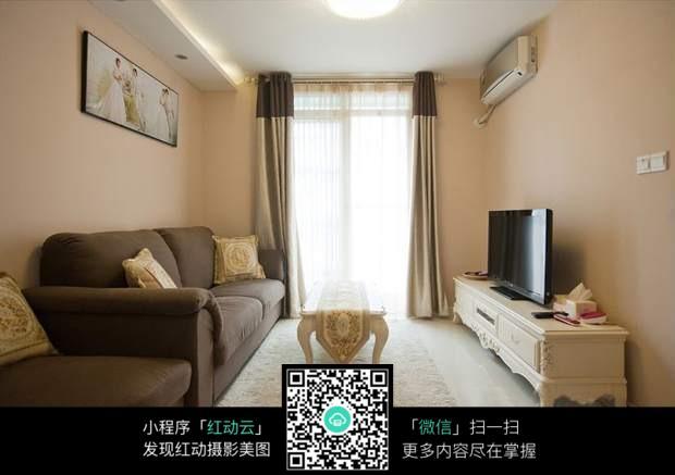 欧式简美的客厅设计图片