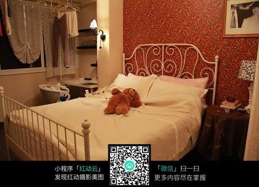 欧式温馨的卧室装饰图片
