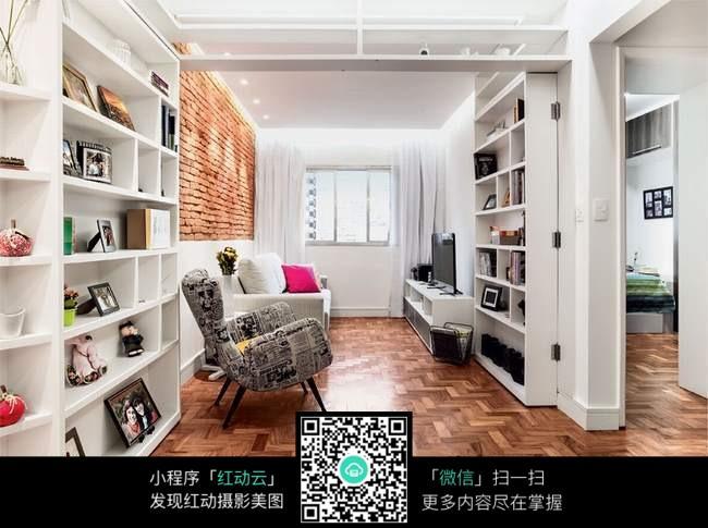 免费素材 图片素材 环境居住 室内设计 卧室照片摆放架  请您分享