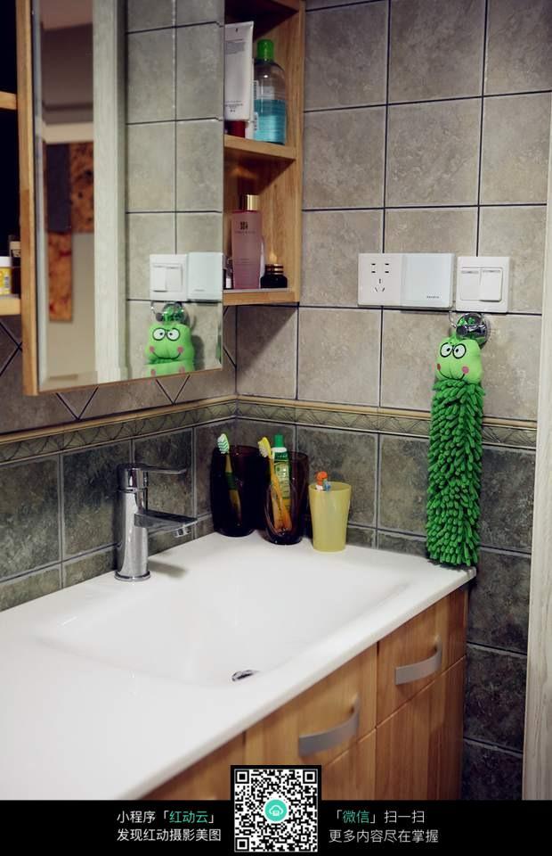 免费素材 图片素材 环境居住 室内设计 洗手台素材  请您分享: 素材