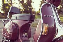 紫色摩托车