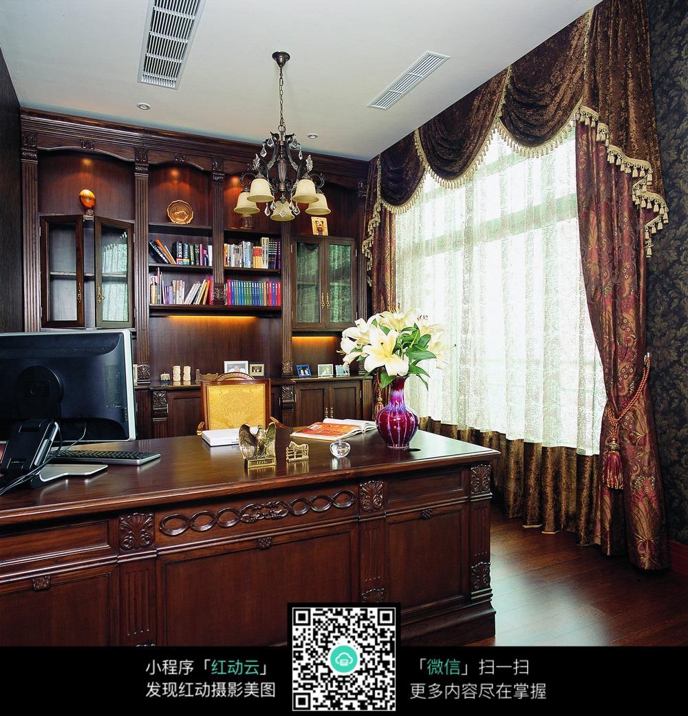 红木家具书房装修效果图