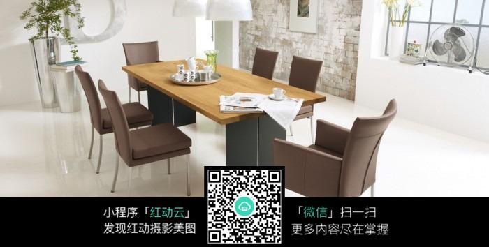 咖啡色椅子图片素材