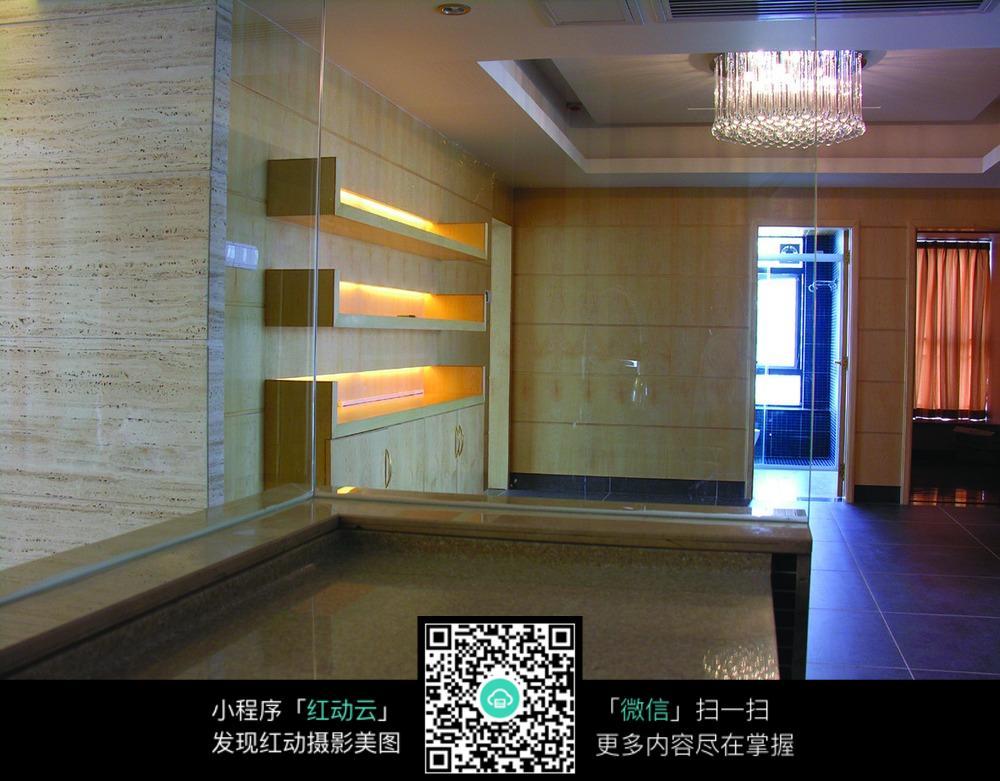 透明玻璃墙图片素材