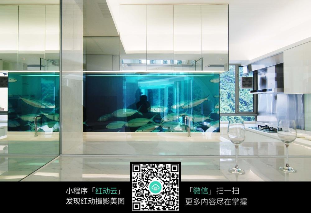免费素材 图片素材 环境居住 室内设计 透明鱼缸图片素材  请您分享