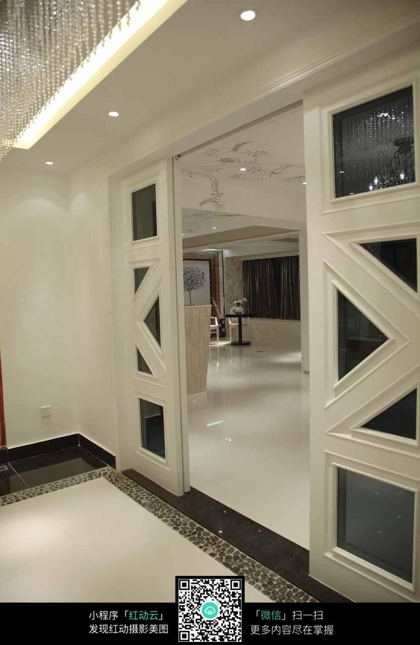 大厅的推拉门_室内设计图片