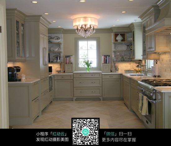 高档别墅厨房装潢设计