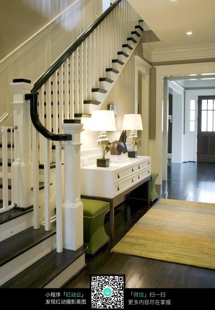 楼梯间设计图_室内设计图片
