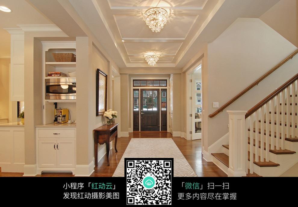 楼梯走廊装修效果图