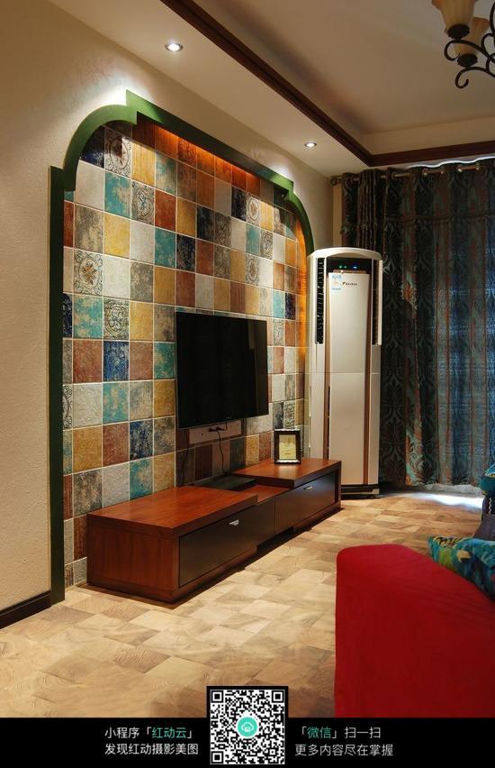 瓷砖电视墙装修设计图