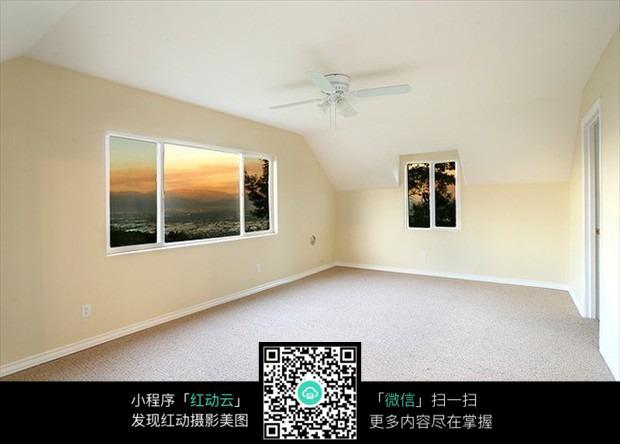 空旷房间设计_室内设计图片