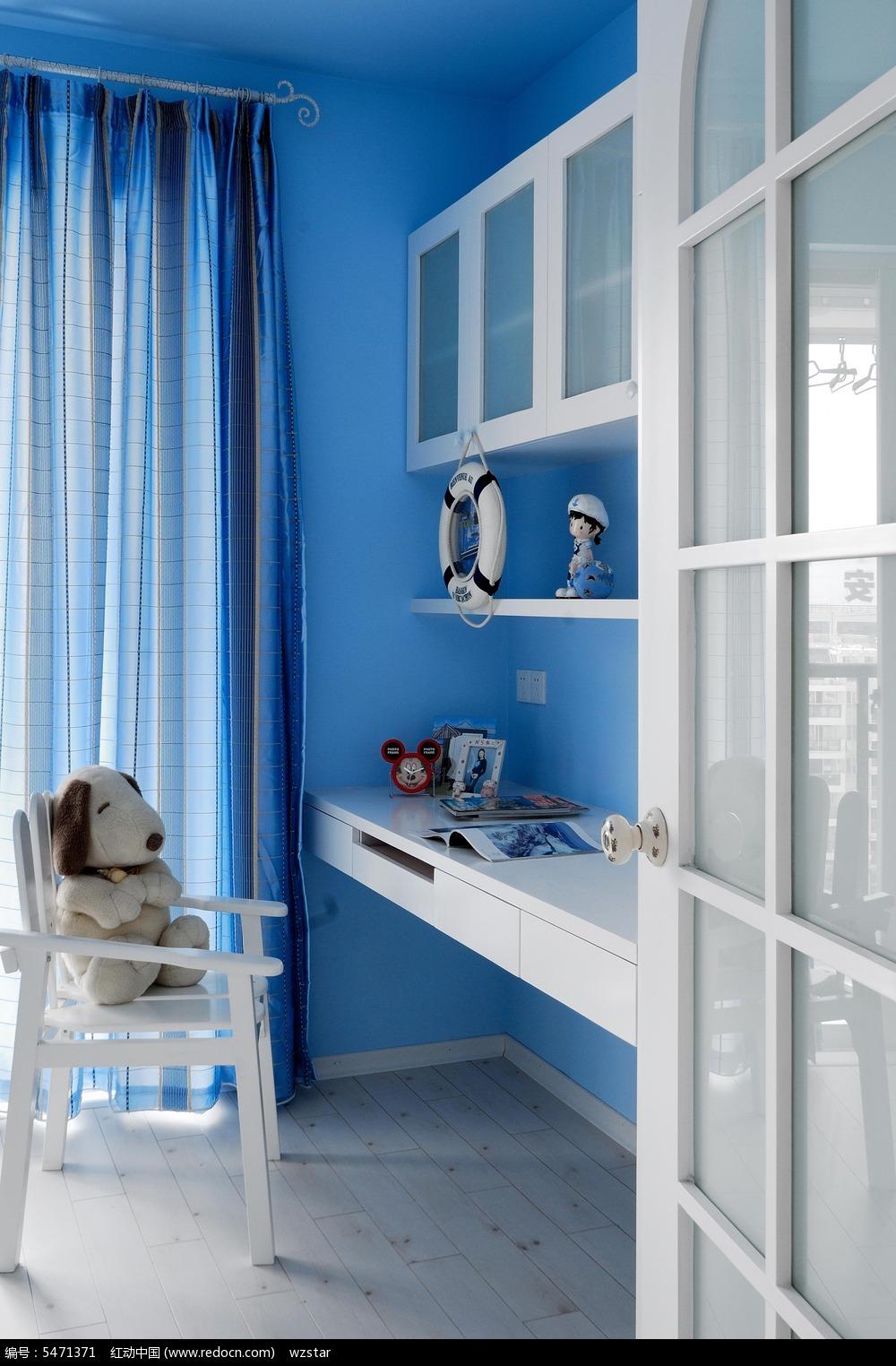 蓝色调房间书桌设计素材图片