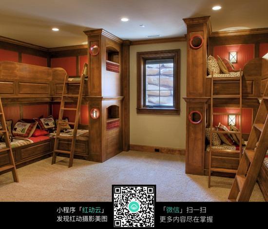 全木质上下铺卧室设计效果图图片