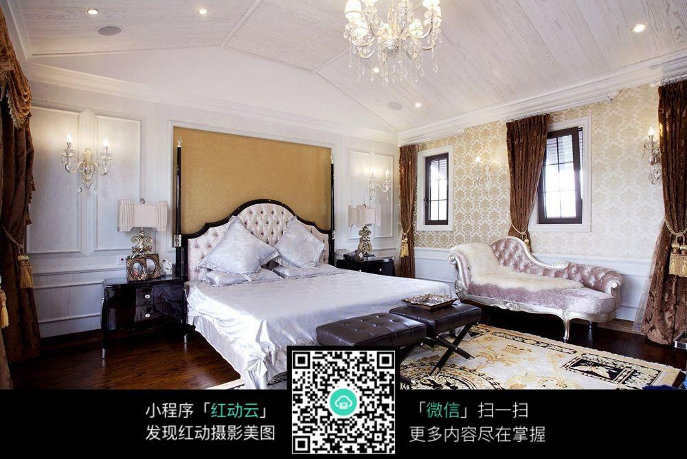奢华欧式风格卧室装饰图片