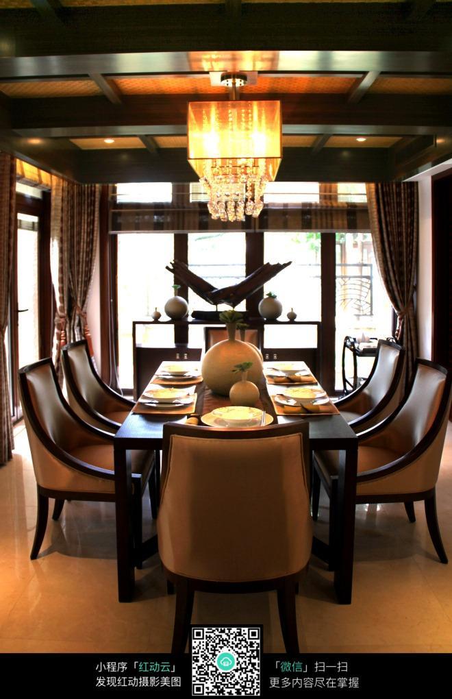 餐厅 餐桌 家具 装修 桌 桌椅 桌子 660_1020 竖版 竖屏