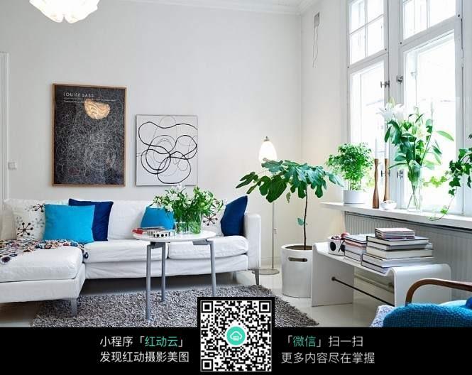 精美植物客厅装修效果图