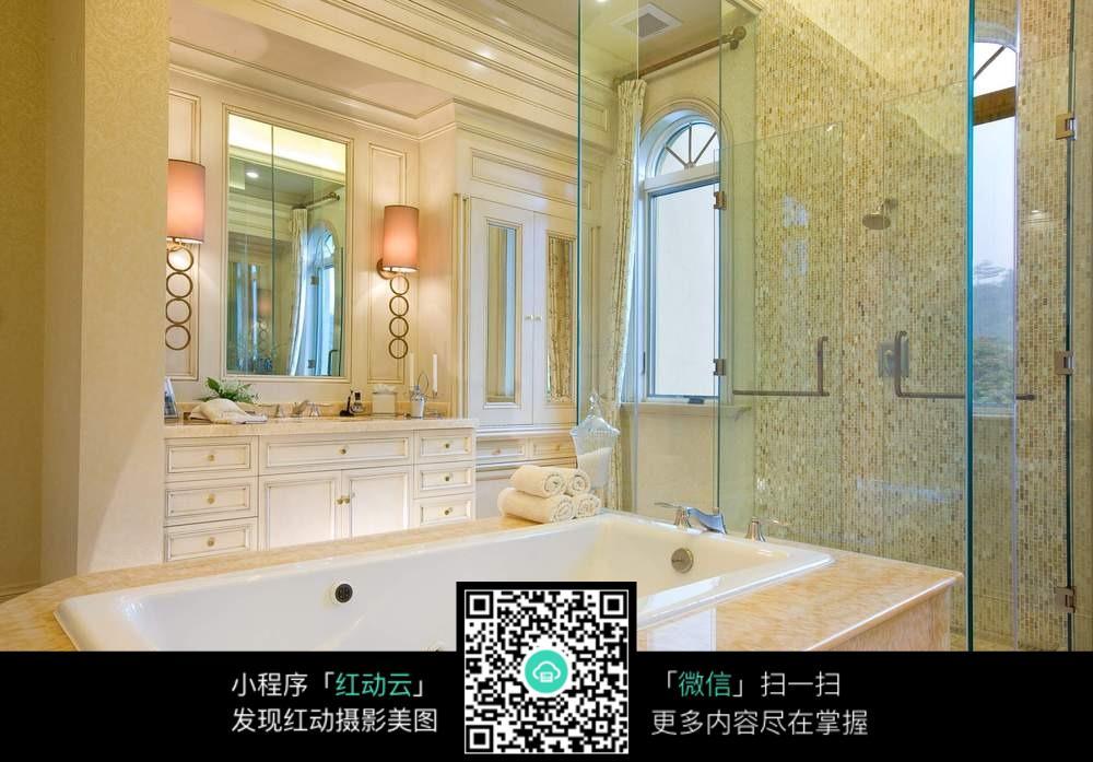 高档酒店浴室装修效果图