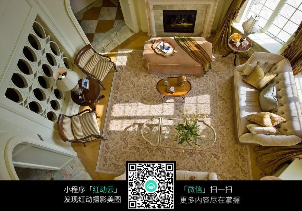 客厅装修设计俯视图片