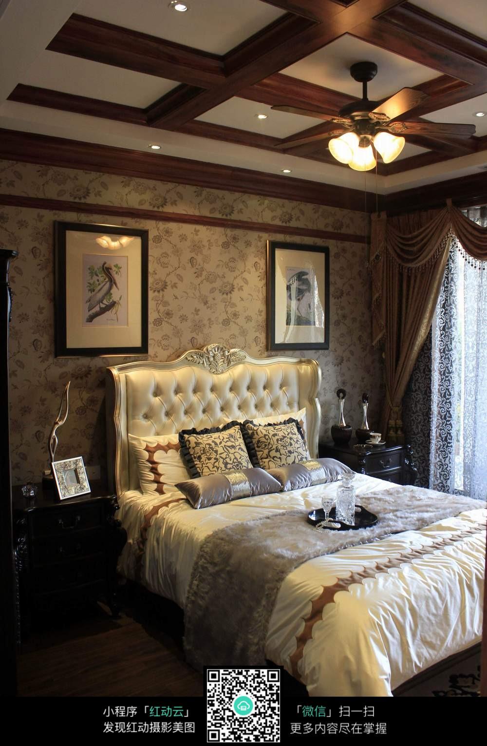 欧式复古大气卧室装修效果图图片
