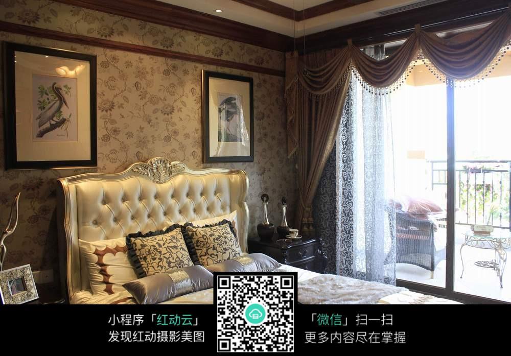 欧式复古酒店卧室装修效果图