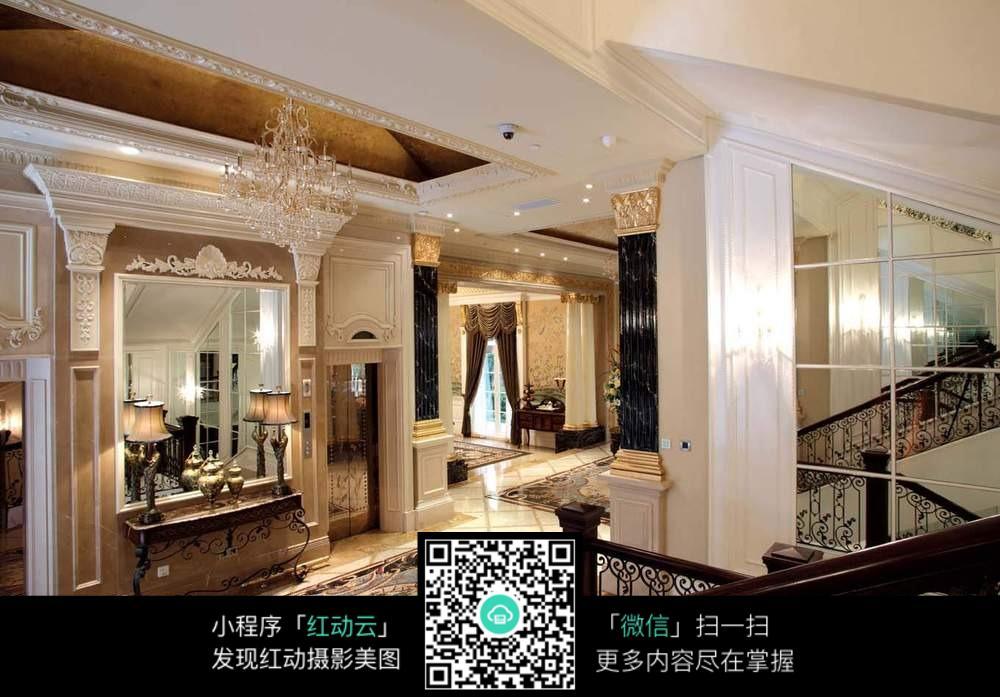 奢华大气室内欧式复古装修效果图图片
