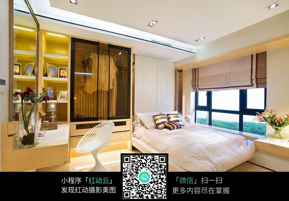 简约飘窗卧室设计素材