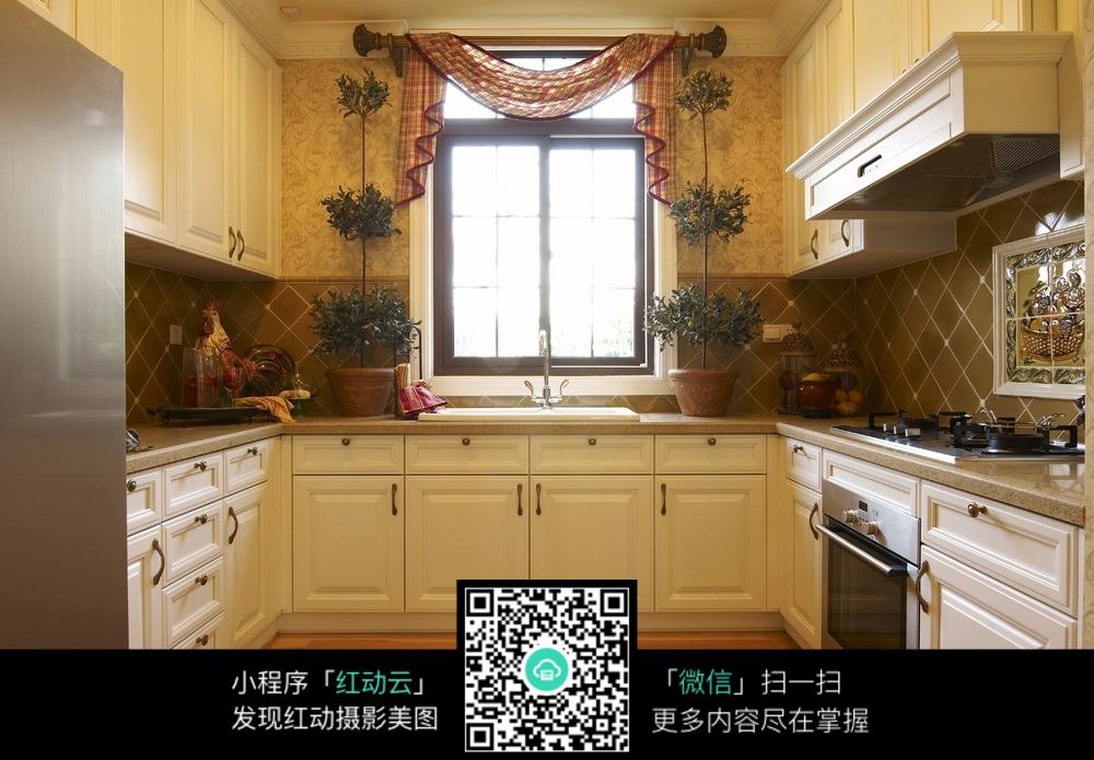 精美装饰厨房装修效果图