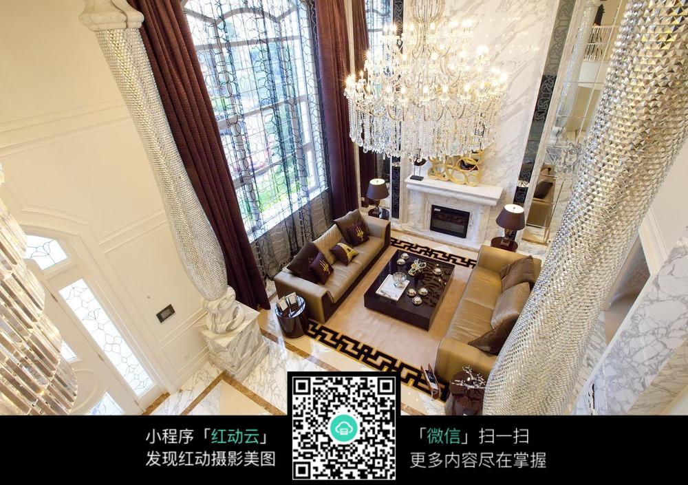 欧式风格豪华客厅俯拍图