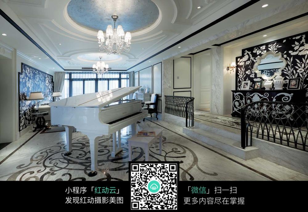 古典钢琴家居室内装修效果图