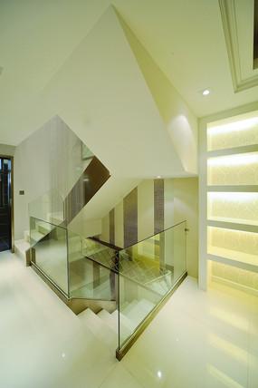 欧式现代楼梯间效果图