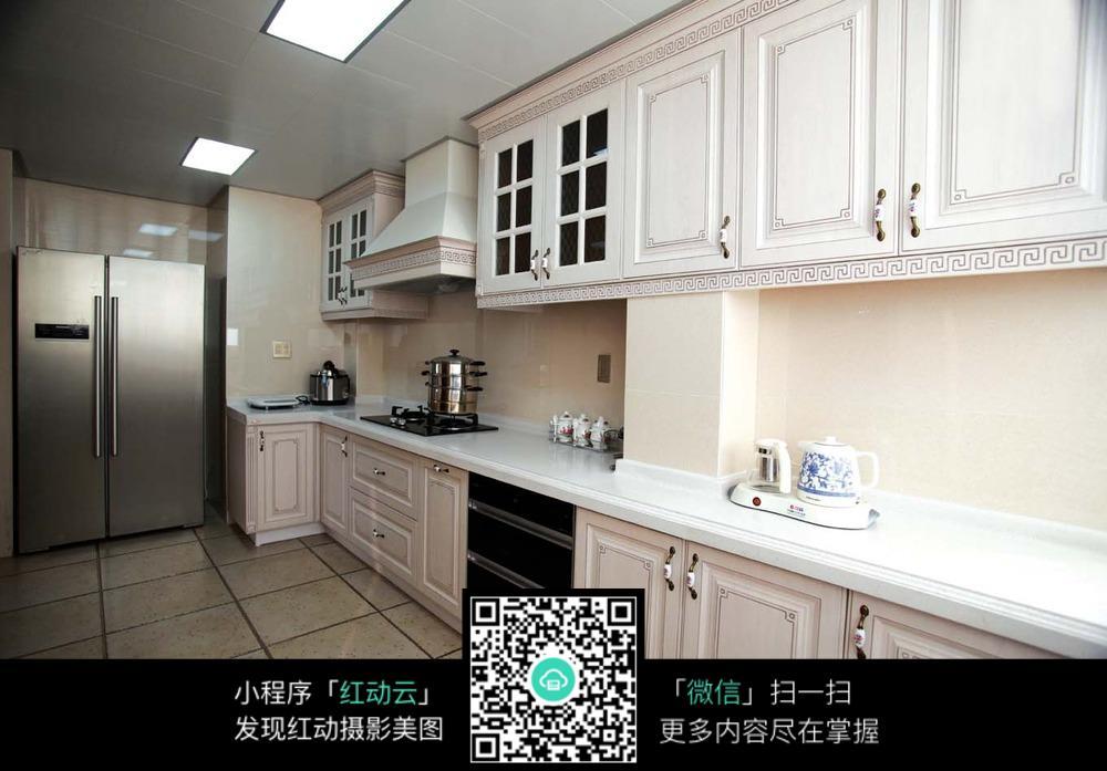 华丽欧式厨房设计图片