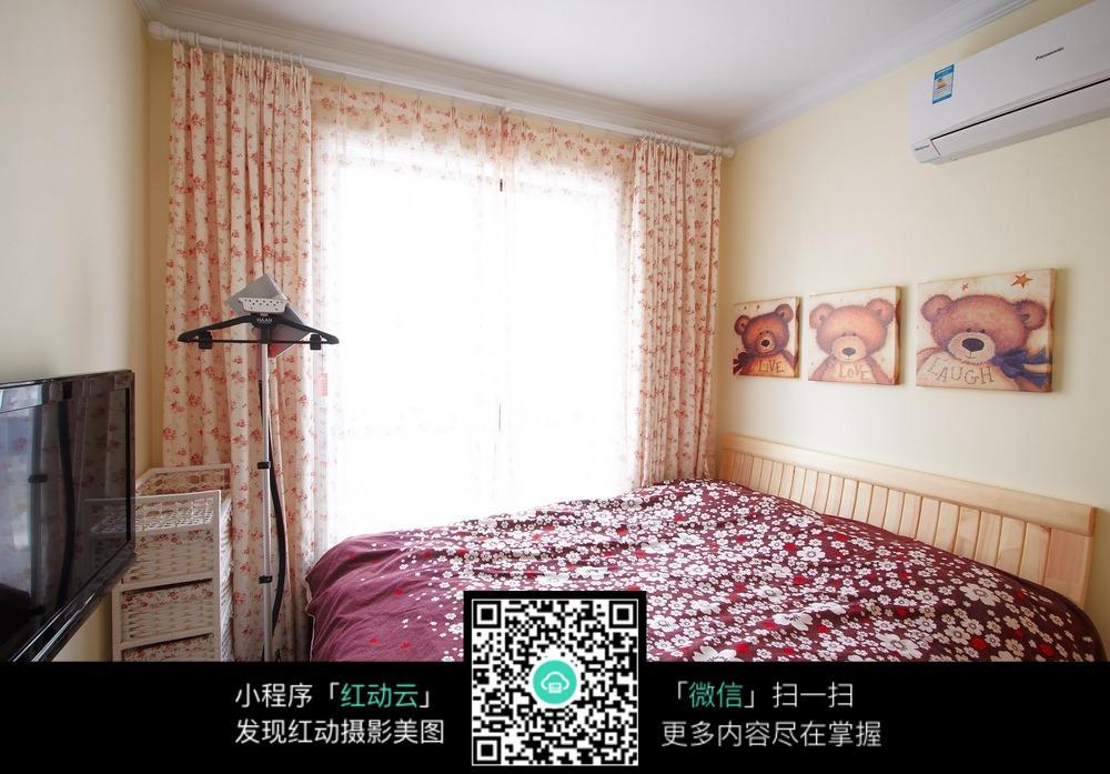 温馨女生卧室装修效果图