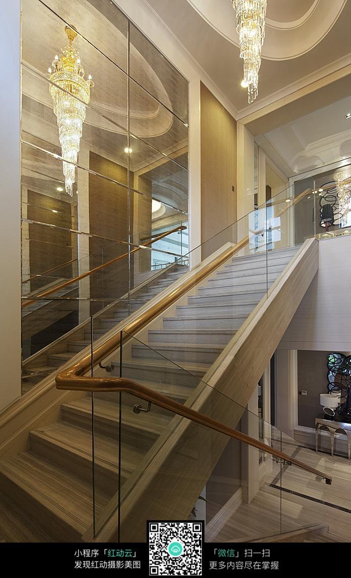 现代风格的大理石楼梯,简约干练之美