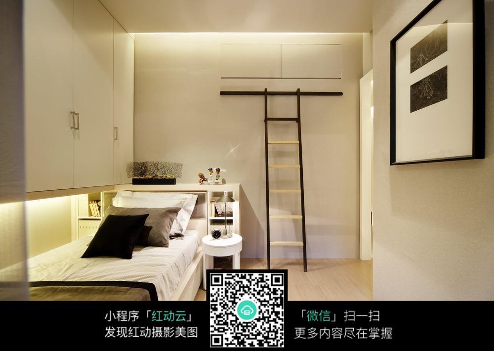 小空间卧室装修设计图片