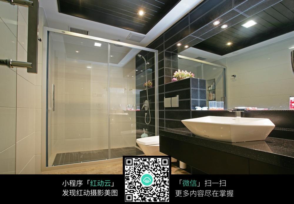 洗澡间装修设计效果图
