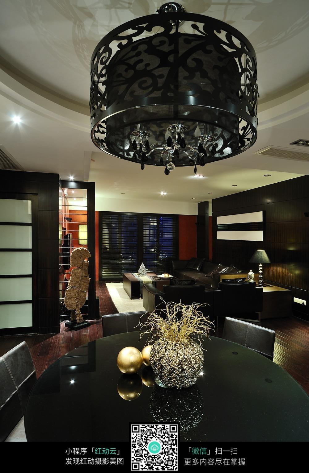 饭厅黑色唯美吊灯设计素材
