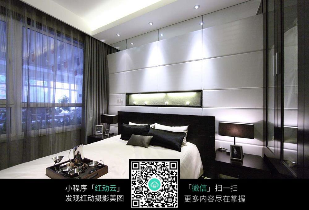 卧室灯光装修设计效果图图片