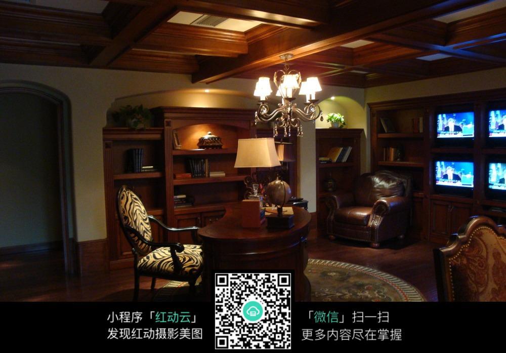 温馨木质复古书房装修效果图图片免费下载 编号5685413 红动网