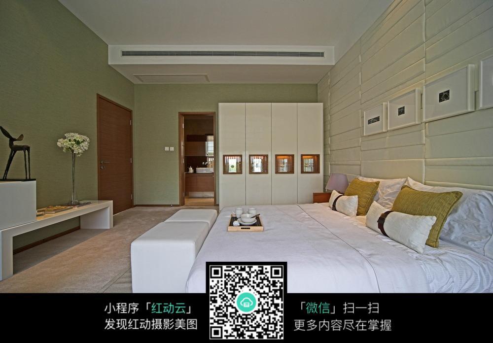 国际墙背景家居起居室v国际园林房间装修现代装修1000_696深圳怡景卧室卧室设计公司图片