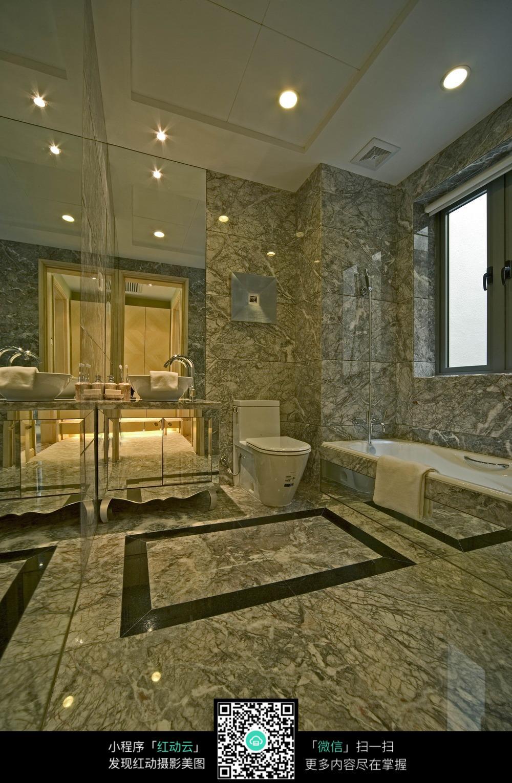 创意瓷砖浴室装修效果图