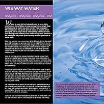 水波纹摄影插图杂志内页排版