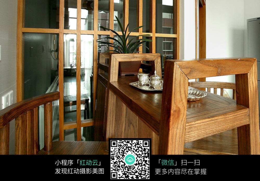 中国风木结构装房间修展示